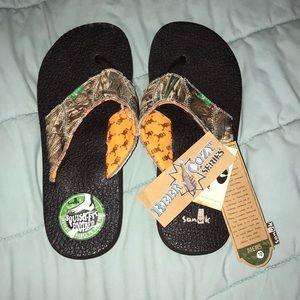 Men's Sanuk Flip flops